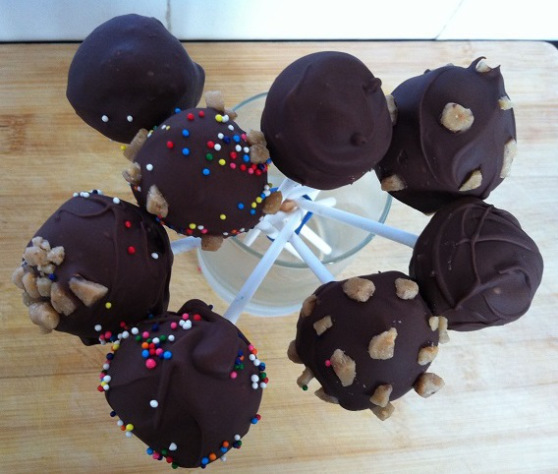 Chocolate Covered Cake Pops | Cooking with a Wallflower